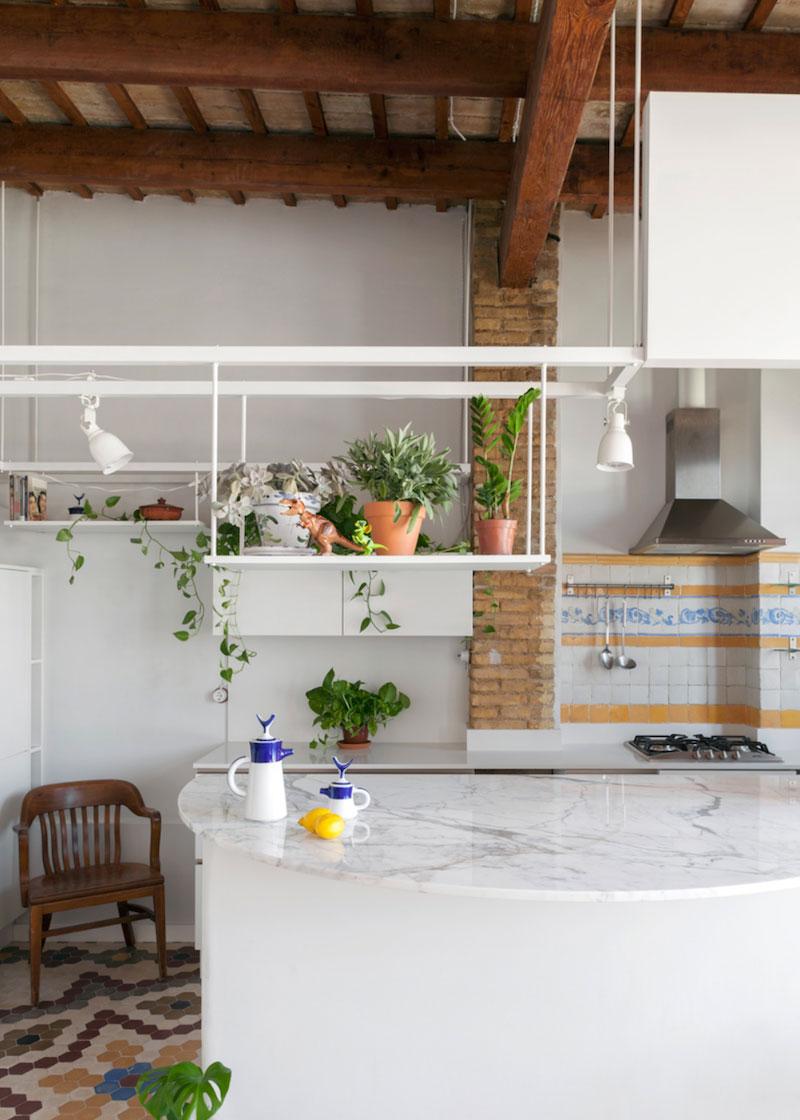 cocina encimera redondeada marmol