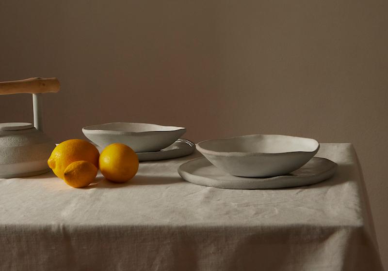 platos ceramica mesa mantel